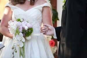 Laura Covington and Charlie Bouquet Ceremony by LorenFoto 300x199 Unveil this new trend: Try wedding dresses with pockets for your Las Vegas weddings! 