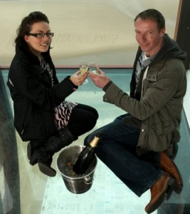 Sharon Fuller and Simon Dunkerley Leap Year Proposal photo by The Daily Mail 267x300 She popped the question: What Las Vegas brides can learn from yesterday's Leap Year Day marriage proposals