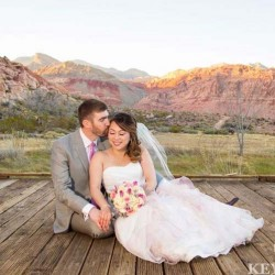 Key Lime Photography Captures Lena & Matthew's Intimate Red Rock Canyon Wedding