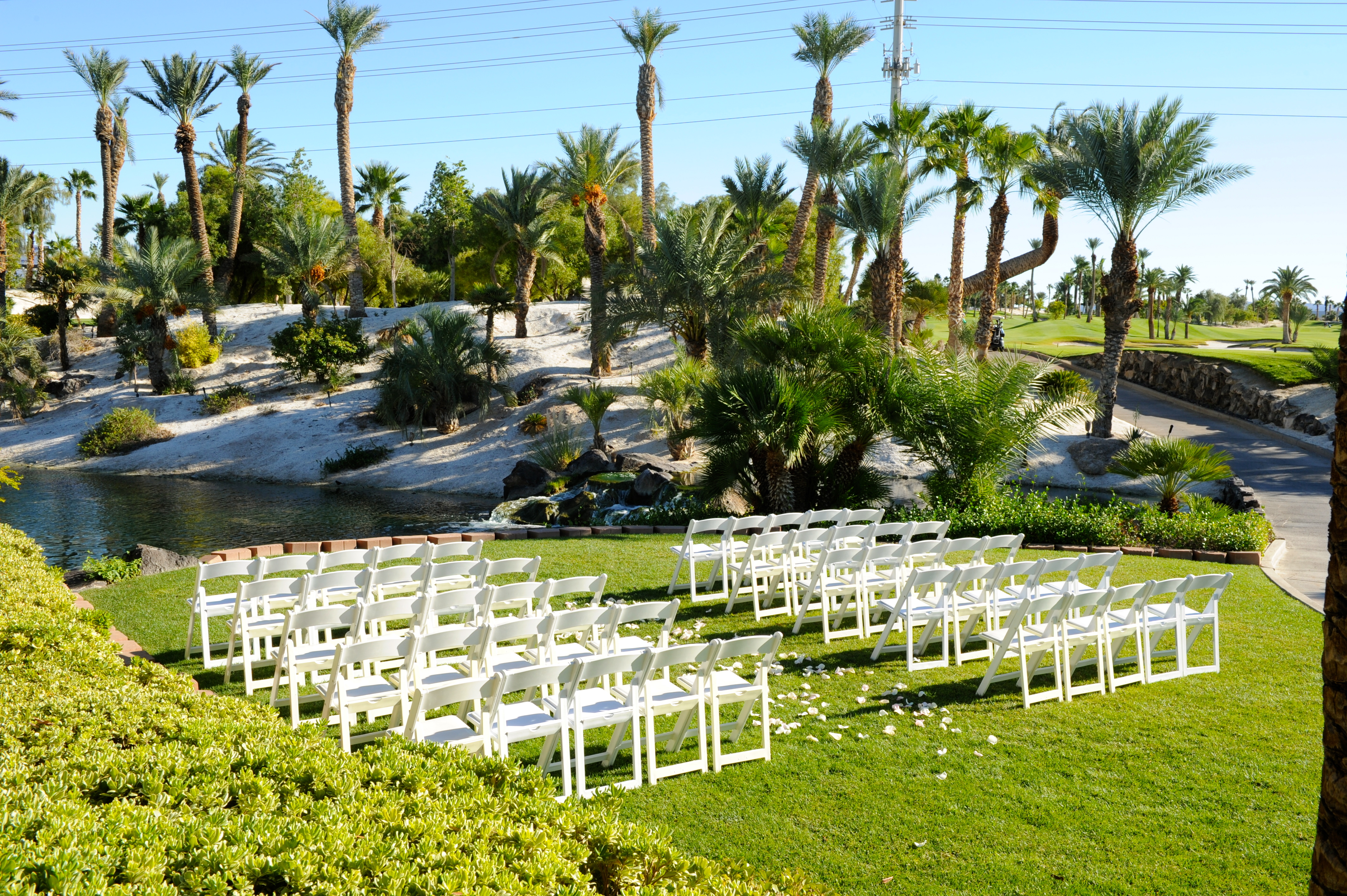 Director Of Events For Cili Nicole Martin Said They Try To Make It As Easy Possible Their Brides Stay Relaxed During The Entire Planning Process