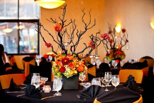Halloween-Themed-Wedding-Decorations-500x333