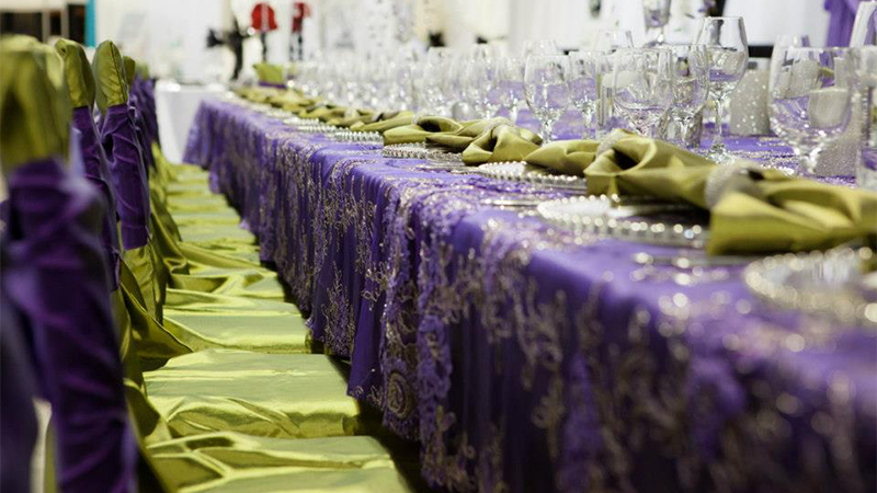 Jovani Linens Features Trendy Weddng Table Top Design