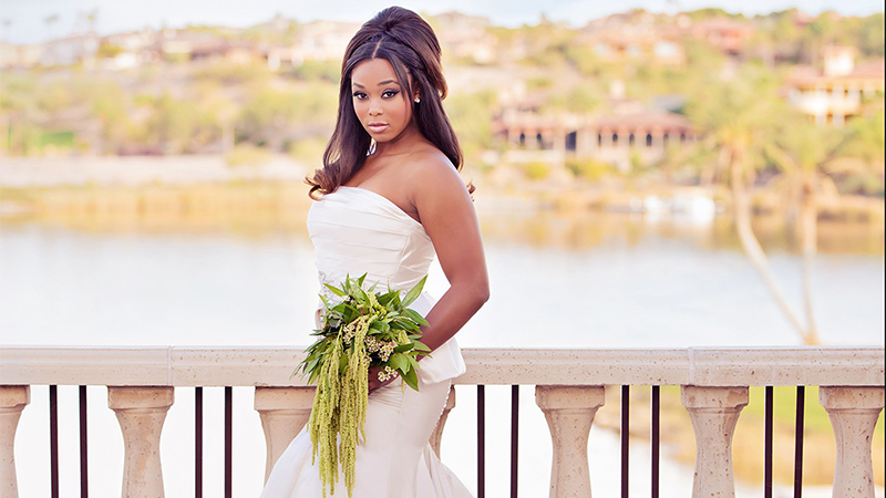 Spectacular Bride photo shoot at Reflection Bay Image by Moxie Studio