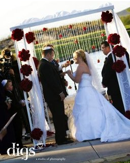 What to Consider When Choosing Your Wedding Officiant, Photo by Digs Studio,Photo by AltF Photography, Bridal Spectacular, Spectacular Bride, Las Vegas Weddings, Las Vegas Bridal Shows