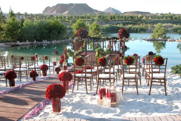 Outdoor wedding at Hilton Lake Las Vegas Resort & Spa