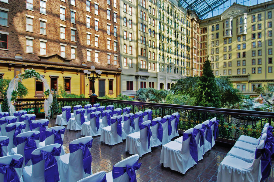 Sams-Town_Deck-with-Purple-Sashes-