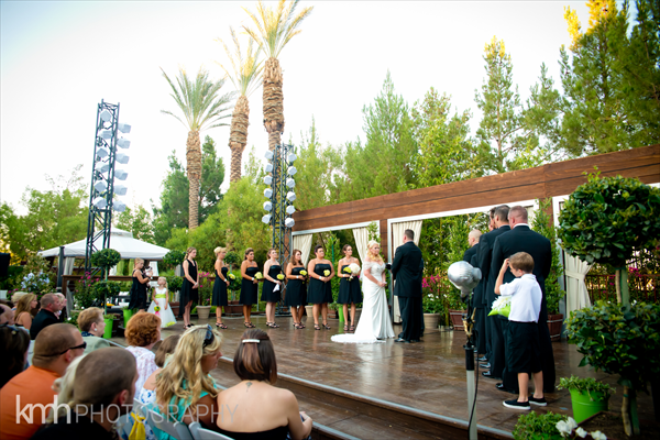 Wedding at the Silverton Hotel Casino. Photo by KMH Photography.