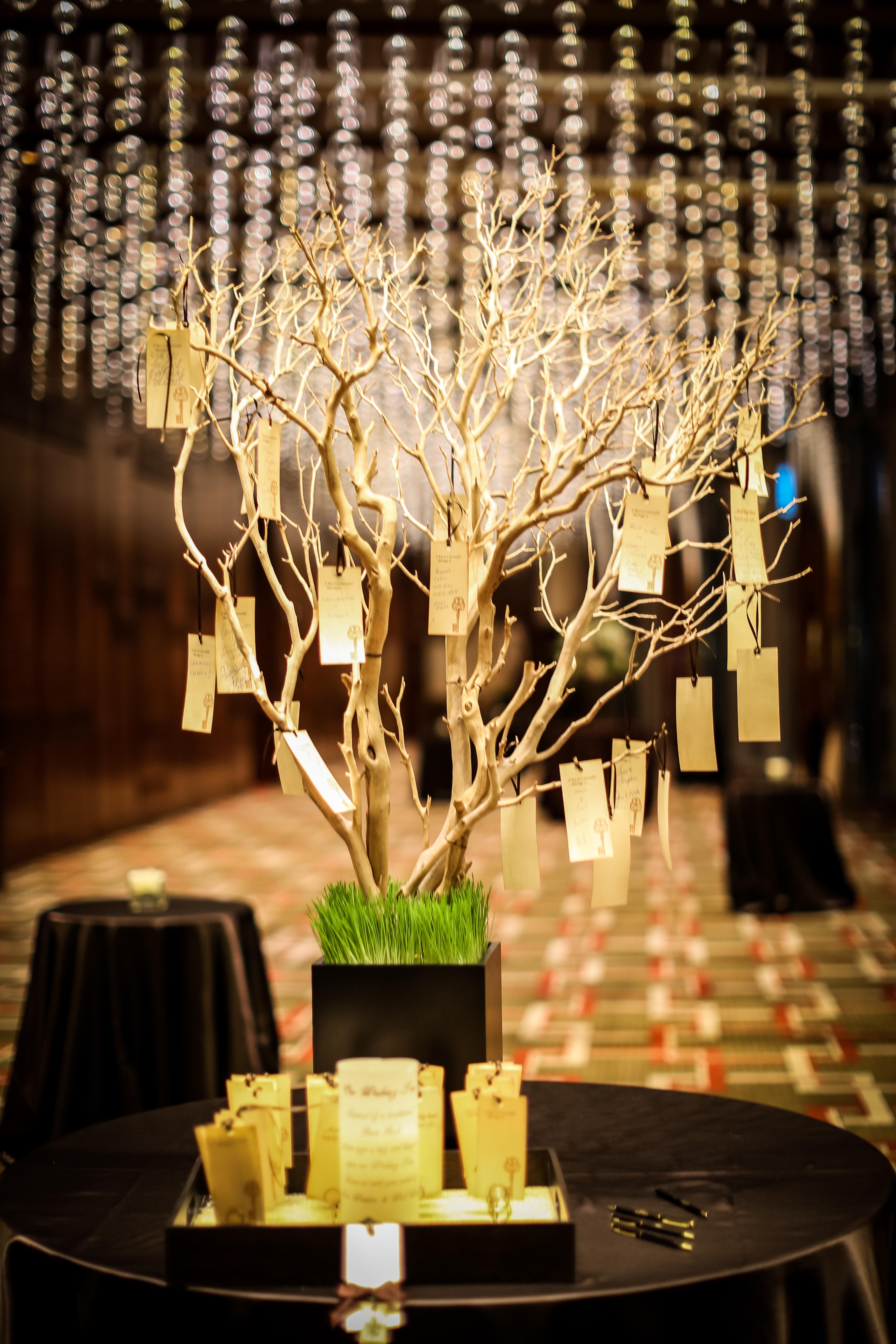 Mariage Wishing Tree