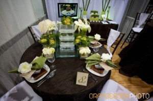 natural brown, green, and white reception table decor
