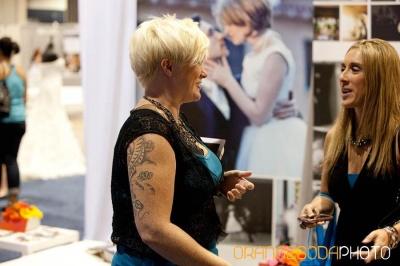 bride talks to vendor
