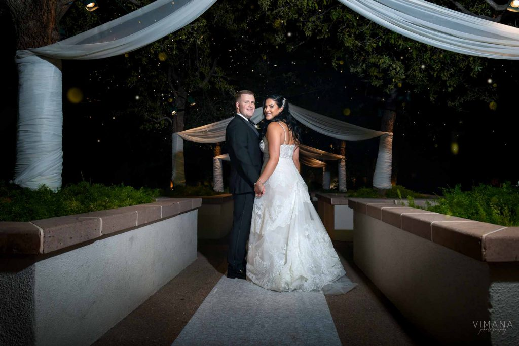 couple at Emerald at Queensridge Vimana Photography