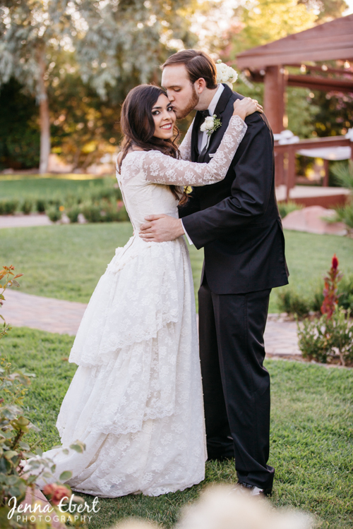 Bridal Spectacular_FearnWedding – Jenna Ebert Photography – The Grove-3