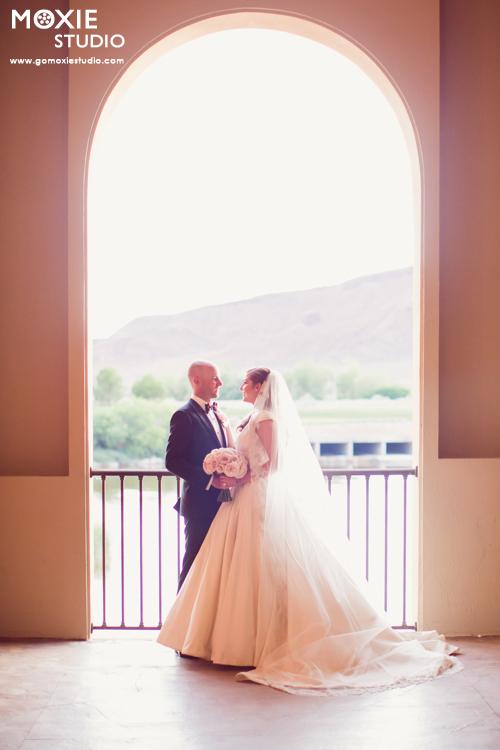 Bridal Spectacular_JacquelineMattWedding-MoxieStudio-HiltonLLV-648web