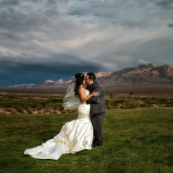Julie & Drew Become Husband and Wife with a Chic May Wedding at Las Vegas Paiute Golf Resort
