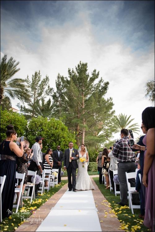 Bridal Spectacular_Mindy Bean_Christina & Aaron_01