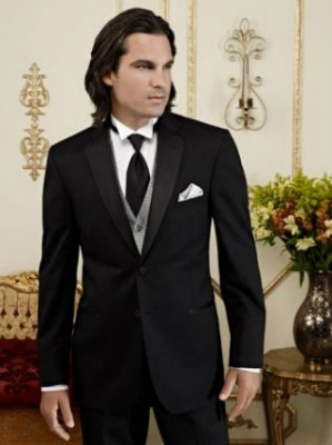 Jean Yves Fitted Black Two Button Notch Tux.